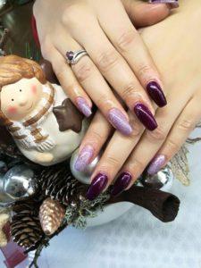 Tendințe în Manichiură Cu Roxana Roșu Stilist Protezist De Unghii