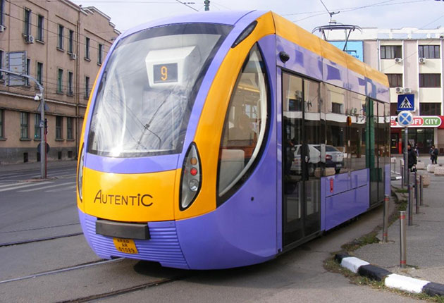 Cum arată cel mai nou tramvai românesc, produs la Arad  E